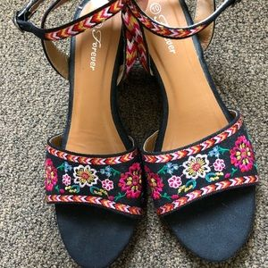 Shoes - Embroidered Sandals - No offers
